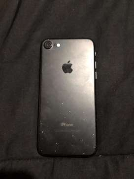 Iphone 7, con 8 meses de uso