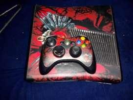 Xbox 360 con 2 controles y kinect