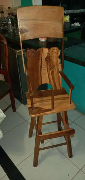 La silla para bb esta en buen estado