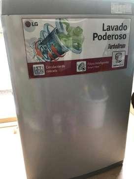 Lavadora LG, Carga Superior, 19lbs, Turbo Drum, Tapa Vidrio