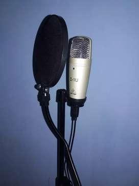 Micrófono de estudio más antipop y trípode