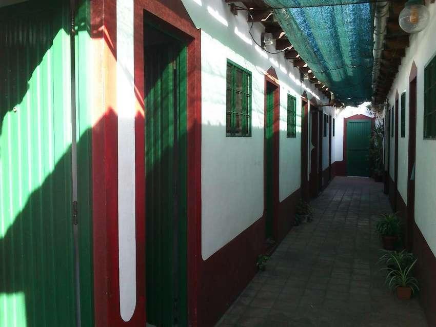 Habitación para  señora en Boedo y Chiclana 0