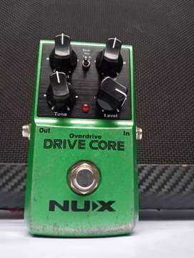 Pedal overdrive + boost Nux