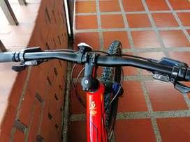 Bicicleta Scott 750