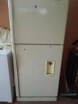 Refrigeradora indurama usada