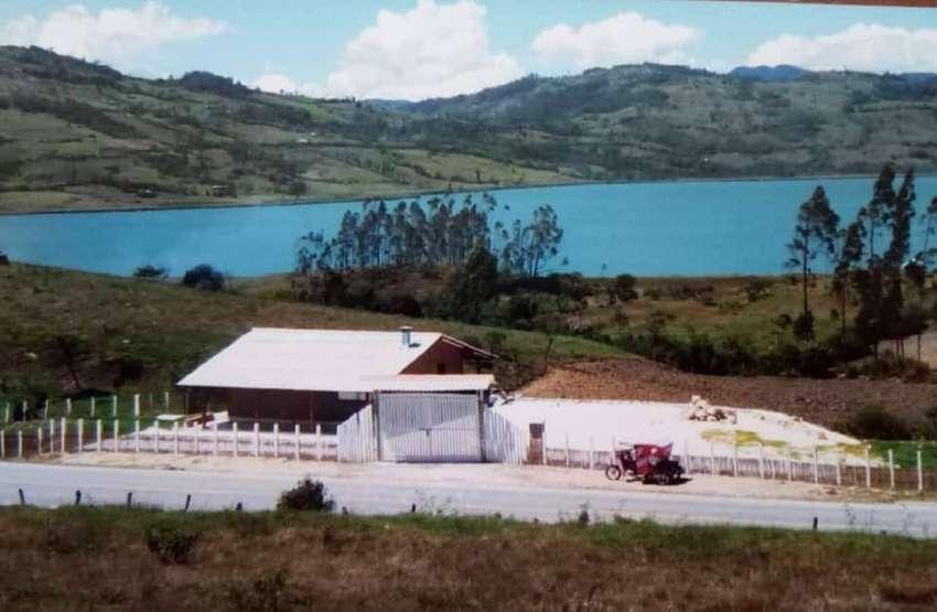 Casa de campo en Pomacochas frente a Laguna Pomacochas