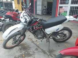 VENDO! Honda XR 200 y Mondial Max 110