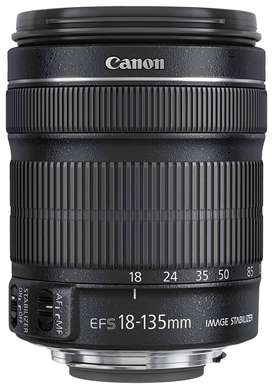 CANON ZOOM LENS EF-S 18-135 mm 1:3.5-5.6 is STM