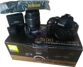 NIKON D-5100 NUEVA, CON ACCESORIOS ORIGINALES.