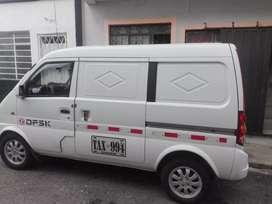 Venta de camioneta tipo panel blanca