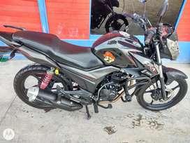 Vendo moto AKT cr4
