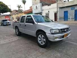Chevrolet Luv 2200 doblé cabina