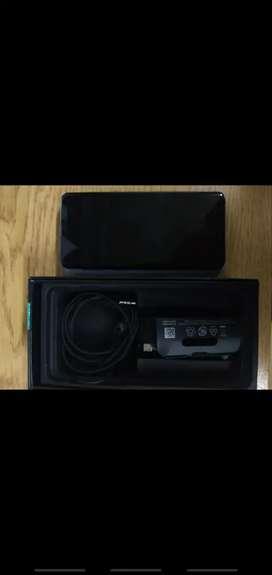 Samsung s10 en caja con accesorios