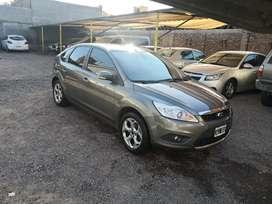 Ford focus 2.0 Ghia 2012