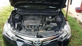 Vendo un Toyota Yaris  2014