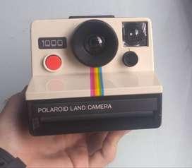 Camara polaroid land camera 1000 + estuche + flash + manual de usuario