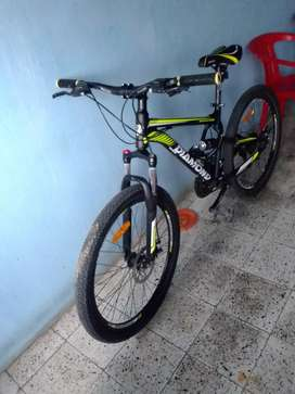 Bicicleta DIAMOND semi nueva negociable