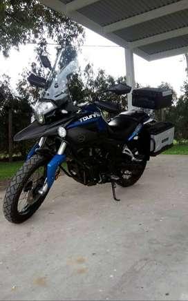 Corven touring 250 cc usada  excelente moto