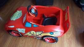 Carro Eléctrico Rayo Mcqueen, Peso Máximo Soportado 30Kg, Velocidad Que Alcanza 4Km/H, Edad Recomendada 2 a 6 Años.