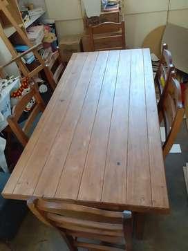 Vendo juego de comedor. Mesa y 6 sillas