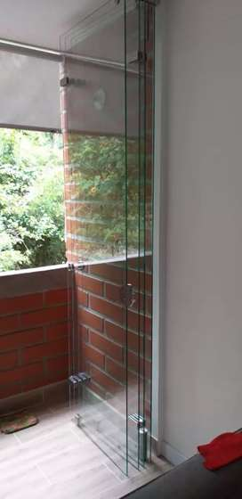Mantenimientos  de cabinas de baños todos los estilos.ventanas .puertas vidrieras. Todo lo relacionado con aluminio .