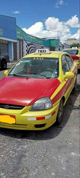 Se vende taxi. Kia rio stylus 2013