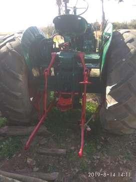 Vendo Tractor Deutza55  Rastra De12disc