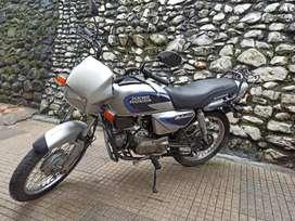 MOTO HERO SPLENDOR 2006 EN 1.550.000 $ (TRASPASO INCLIUDO EN EL PRECIO). EXCELENTE ESTADO, DOCUMENTOS HASTA JUNIO 2021