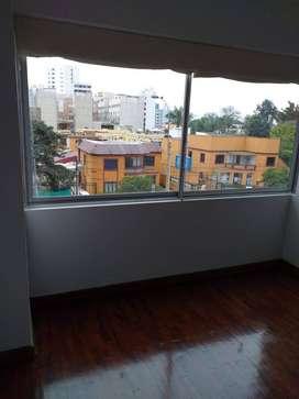 ALQUILO oficina en Miraflores de 80 m2