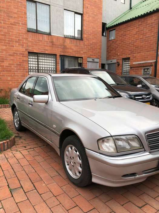 vendo carro mercedes benz