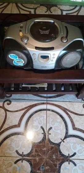 Radio Philips con Cd 300 Watt