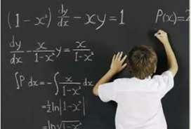Reforzamiento de matemática y comunicación