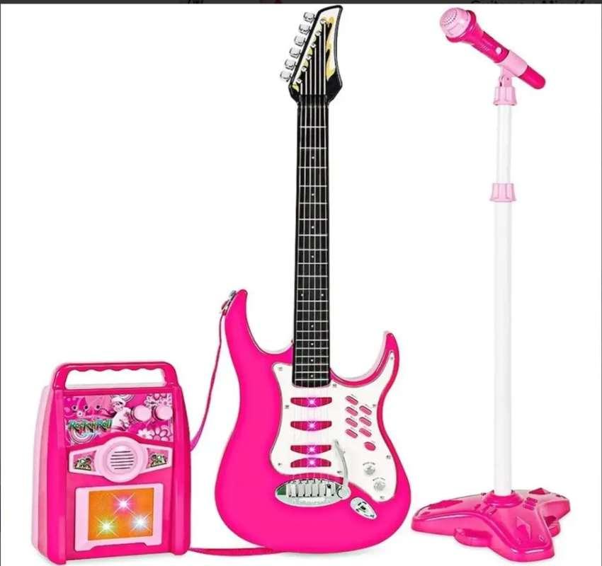Guitarra + micrófono + parlante rock and roll azul y rosado