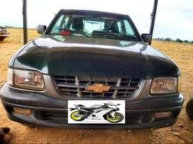 Vendo Chevrolet luv año 2003 a diésel