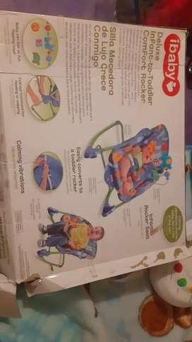 Se vende ropita y accesorios para bebe