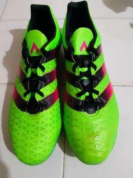 Guayos Adidas Ace 16.2Fg